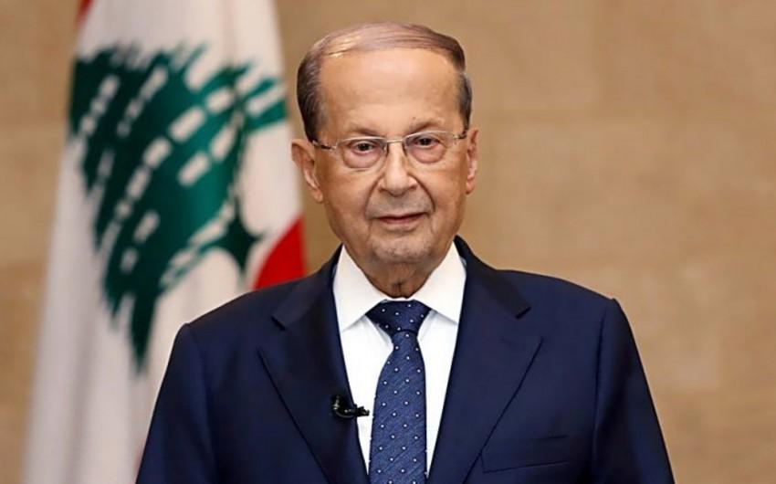 Президент Ливана принял отставку правительства