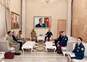 Elçin Quliyev Pakistan Quru Qoşunlarının komandanı ilə görüşüb