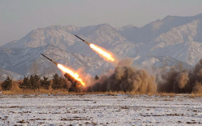 KXDR Yapon dənizi istiqamətində bir neçə raket atıb