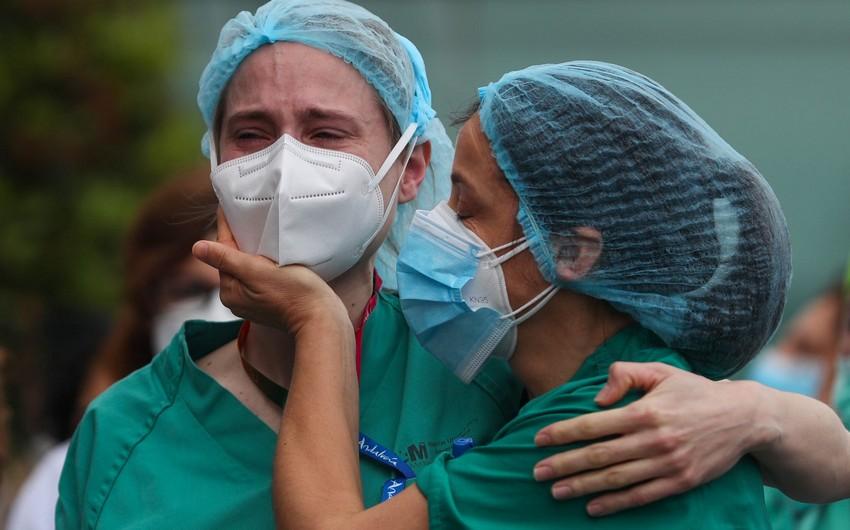 Dünyada koronavirus qurbanlarının sayı 1,1 milyonu ötdü