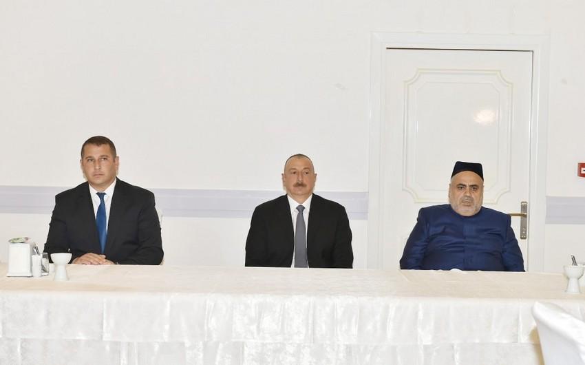 Prezident İlham Əliyev akademik Rəfiqə Əliyevanın qırx mərasimində iştirak edib