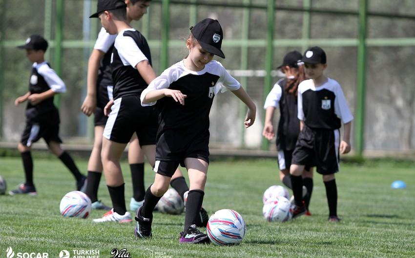 """""""Neftçi"""" klubunun """"Neftçili Yay"""" futbol düşərgəsi start götürüb"""