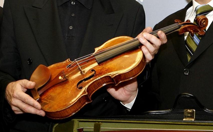 Stradivarinin skripkasını oğurlayan şəxsə 7 il həbs cəzası verilib
