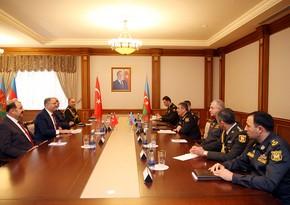 Zakir Həsənov Azərbaycan Ordusunun Türkiyə modelinə keçməsindən danışıb