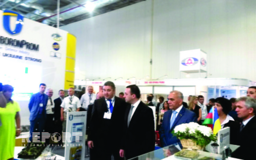 Prime Minister of Georgia visits pavilion of Azerbaijan at the ADEX 2014 exhibition