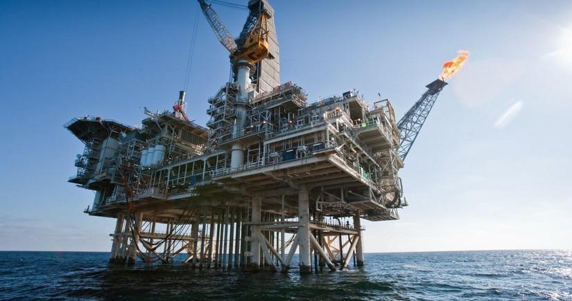 Azərbaycan neftinin qiyməti 2 % artıb