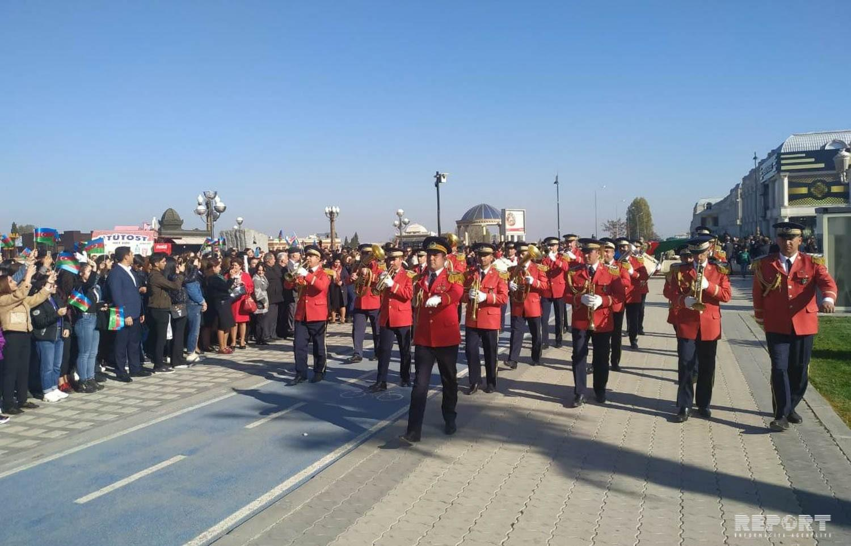 Gəncədə bayraq yürüşü keçirilib - FOTO
