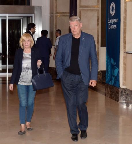 Бывший Президент Латвии прибыл в Баку