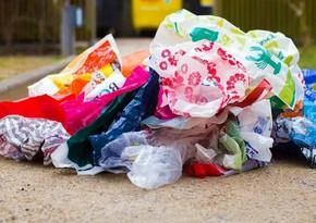 Daha bir ölkə plastik paketlərdən imtina etdi
