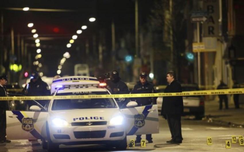 ABŞ-da İŞİD-lə əlaqədə olan silahlı şəxs polis zabitinə hücum edib