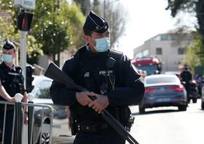 Во Франции усилят меры безопасности у полицейских участков из-за теракта