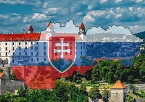 Slovakiyada kommunist partiyası cinayətkar təşkilat elan edilib