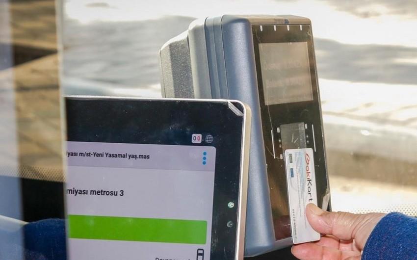 Sumqayıtda avtobus kartlarına pul yükləmək problemə çevrilib