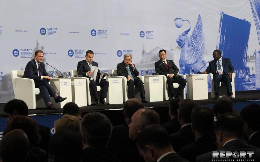 BMT baş katibi Sankt-Peterburq Beynəlxalq İqtisadi Forumunun rəsmi açılışında çıxış edib