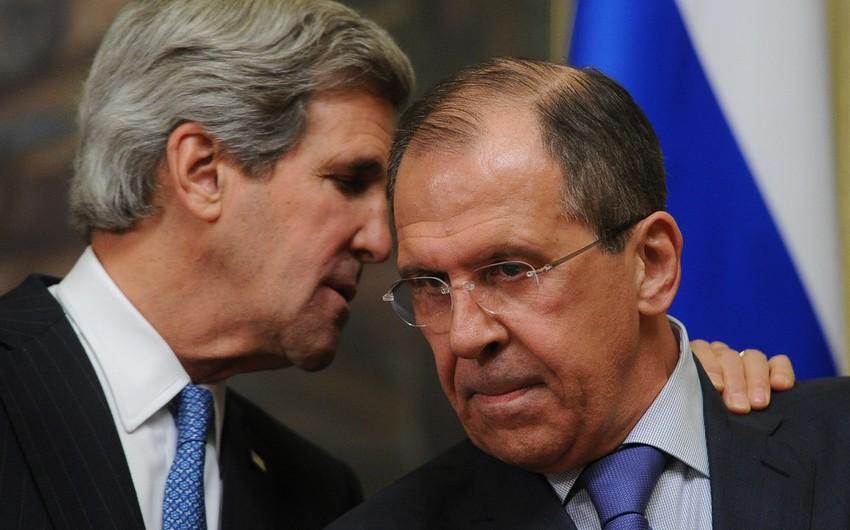 Lavrov: Rusiyaya təzyiq göstərmək mənasızdır