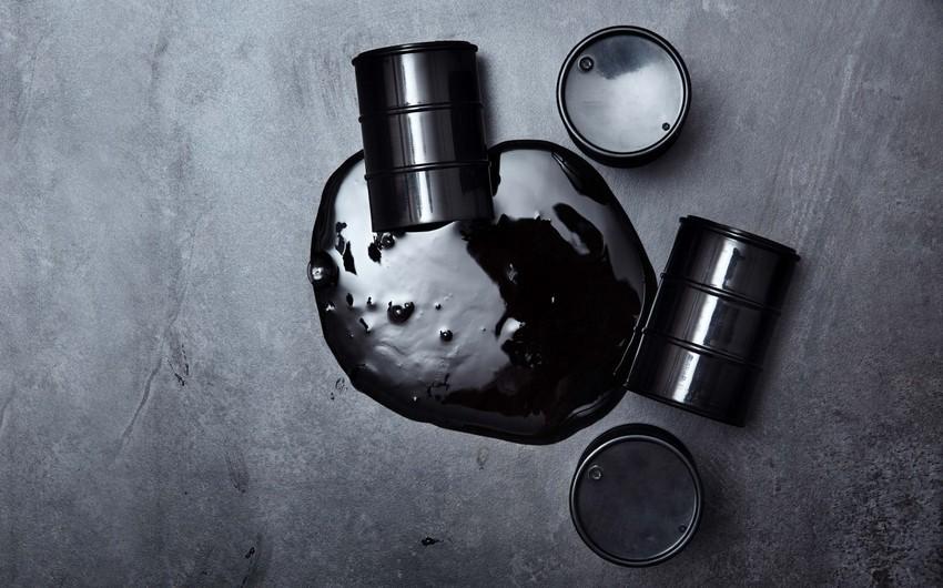 Нефть дешевеет на фоне опасений о второй волне коронавируса