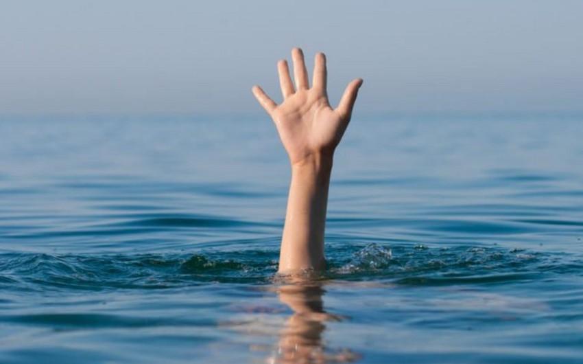 Saatlıda 17 yaşlı oğlan suda boğulub