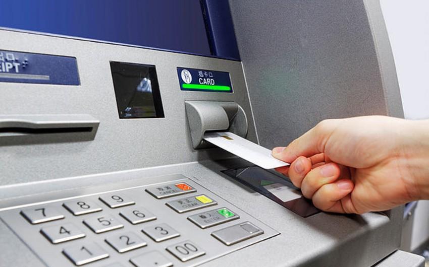 Bankomatların sosial ödənişlərə görə əlavə faiz tutması dayandırıldı