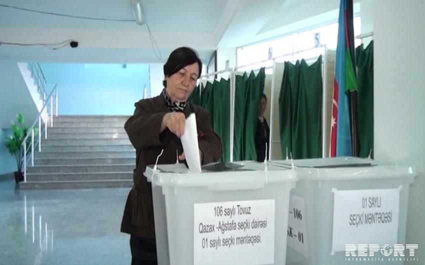 106 saylı DSK-nın 106 yaşlı seçicisi səs verib - FOTO