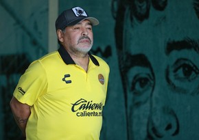 Maradona xəstəxanaya yerləşdirildi