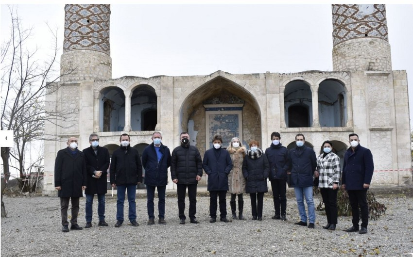 Делегация парламента Италии стала свидетелем армянских зверств в Агдаме