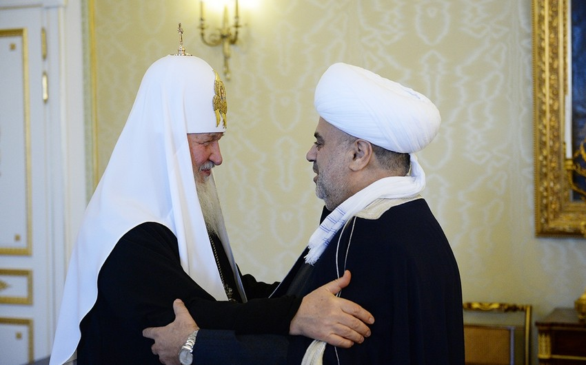 Allahshukur Pashazadeh holds meeting with Patriarch of Moscow and All Russia