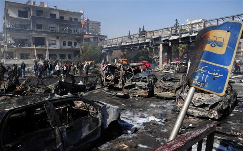 Dəməşqin ətafı bombalanıb: 70-dən çox insan ölüb