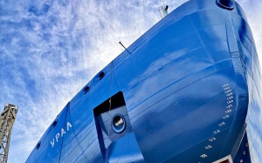 Dünyanın ən güclü atom buzqıran gəmisi suya buraxılıb
