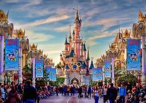 Disney изменит аттракционы в парках из-за обвинений в расизме