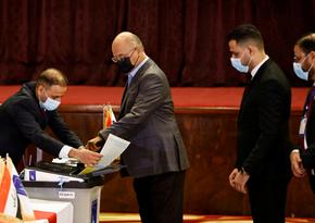 В Ираке завершилось голосование на досрочных парламентских выборах