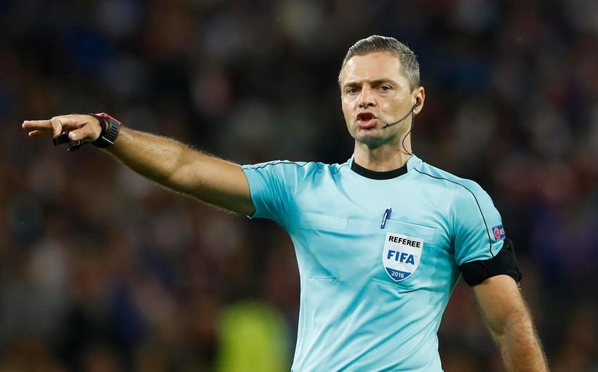 Tanınmış futbol hakimi beynəlxalq karyerasını başa vurub