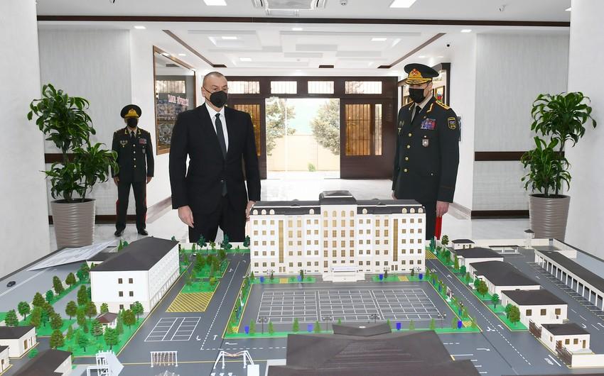İlham Əliyev Daxili Qoşunların yeni hərbi hissəsinin açılışında iştirak edib- YENİLƏNİB