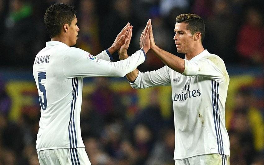 Роналду попросил Ювентус приобрести Варана у Реала