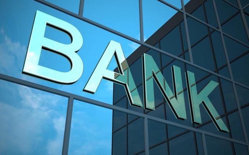 Azərbaycan banklarına xarici valyuta ilə depozit qoyuluşu cüzi azalıb
