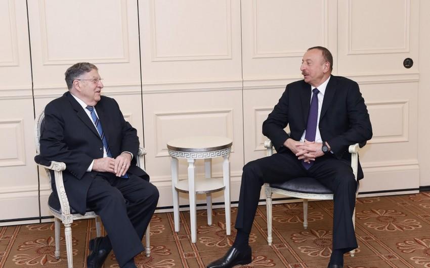 Azərbaycan Prezidenti ABŞ-ın Nyu-Hempşir ştatının sabiq qubernatoru ilə görüşüb