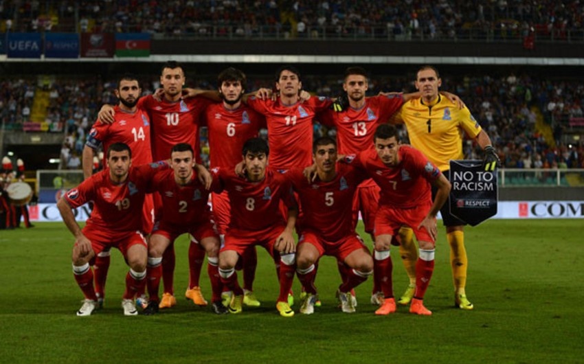 Futbol üzrə Azərbaycan milli komandasının heyəti açıqlanıb