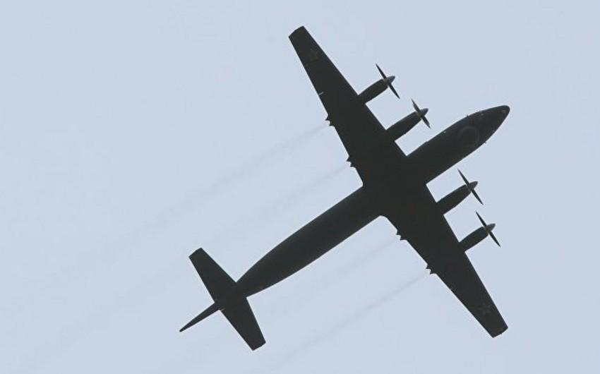 Самолет ВМС Индии совершил посадку в Жуковском без переднего шасси - ВИДЕО