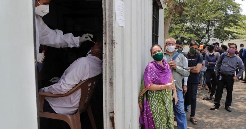 Hindistanda COVID-19-dan ölənlərin sayında yeni anti-rekord qeydə alınıb