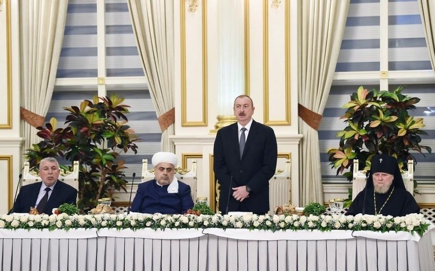 İlham Əliyev: Bu gün Azərbaycan dünya miqyasında dinlərarası dialoqun aparılması üçün mərkəzə çevrilib