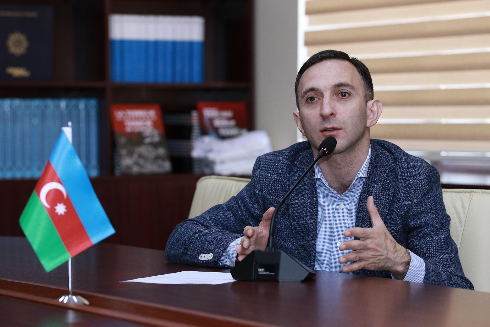 Elşad Əliyev
