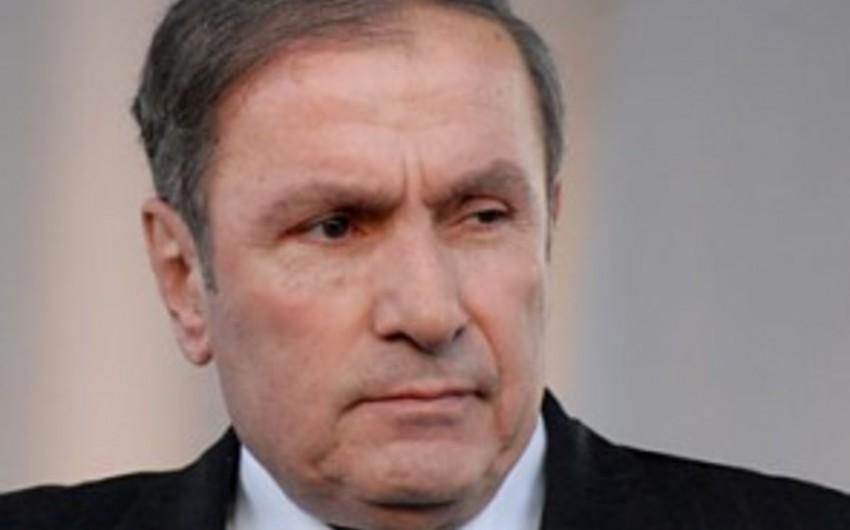 Qardaşı oğlu Ermənistanın keçmiş prezidentinin ata evini girov qoyub
