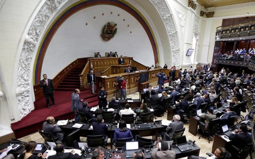 Venesuela parlamenti Rusiya ilə imzalanan hərbi müqaviləni etibarsız sayıb