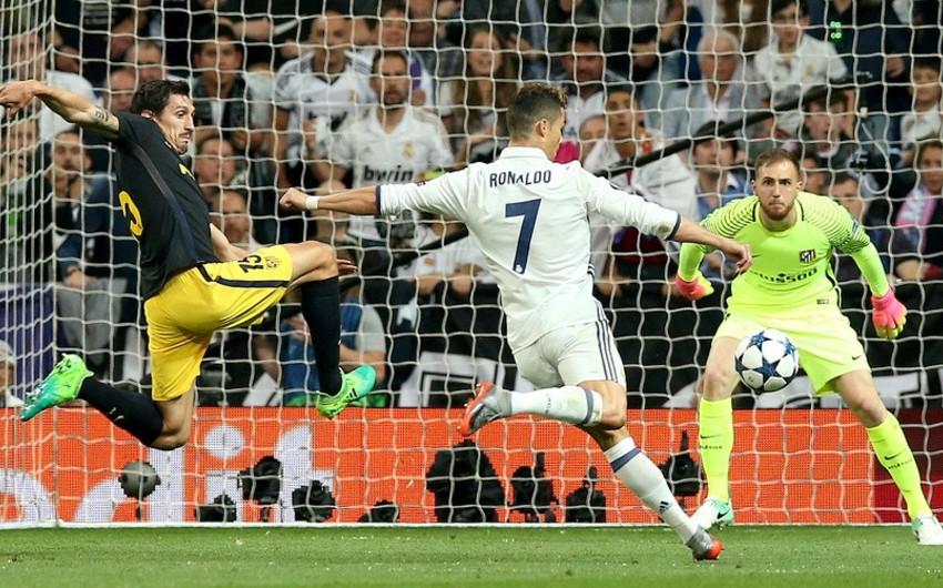Хет-трик Роналду принес Реалу победу над Атлетико в матче футбольной Лиги чемпионов