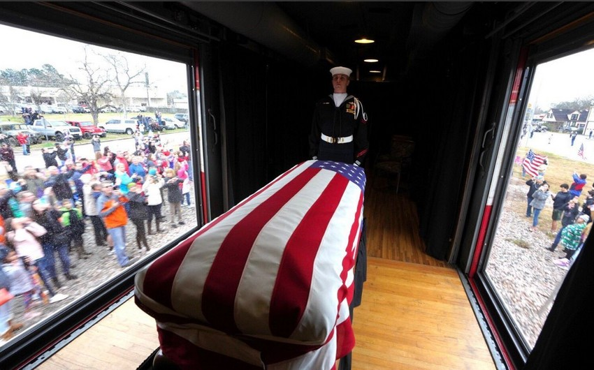ABŞ-ın sabiq prezidenti Corc Buş (ata) Texasda dəfn edilib - FOTO - VİDEO