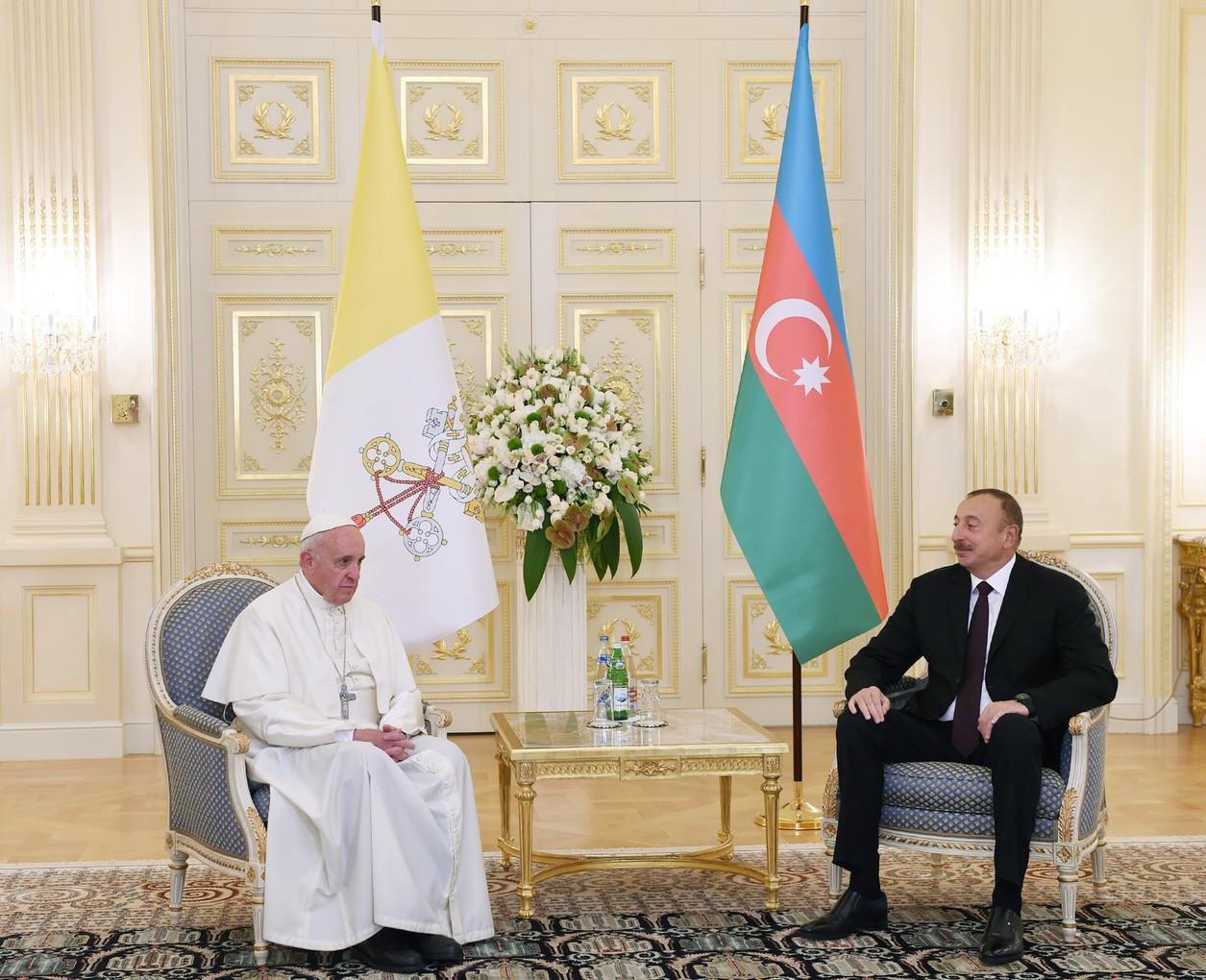 Roma Papası Azərbaycan Prezidentinə məktub yazıb