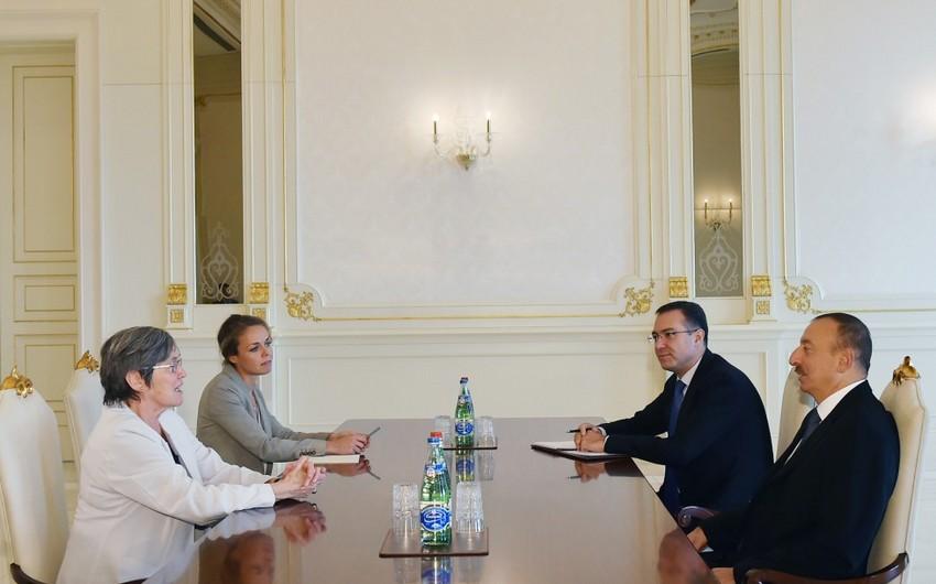 Президент Ильхам Алиев принял председателя Правления Инициативы прозрачности добывающих отраслей