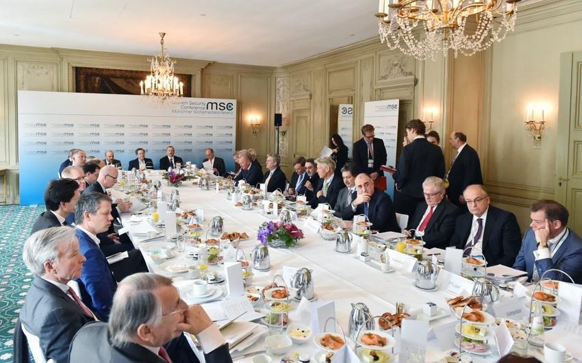 Prezident İlham Əliyev: Hökumət genişmiqyaslı özəlləşdirmə proqramına başlamağa hazırdır