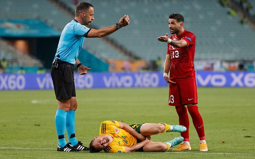 Футболист сборной Турции извинился за поражение от команды Уэльса