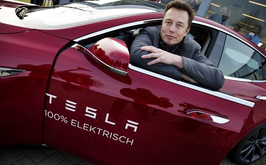"""""""Tesla"""" bitkoinlərdən elektromobillərin satışından daha çox qazanıb"""