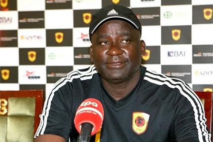 Главный тренер сборной Анголы уволен за неявку на работу